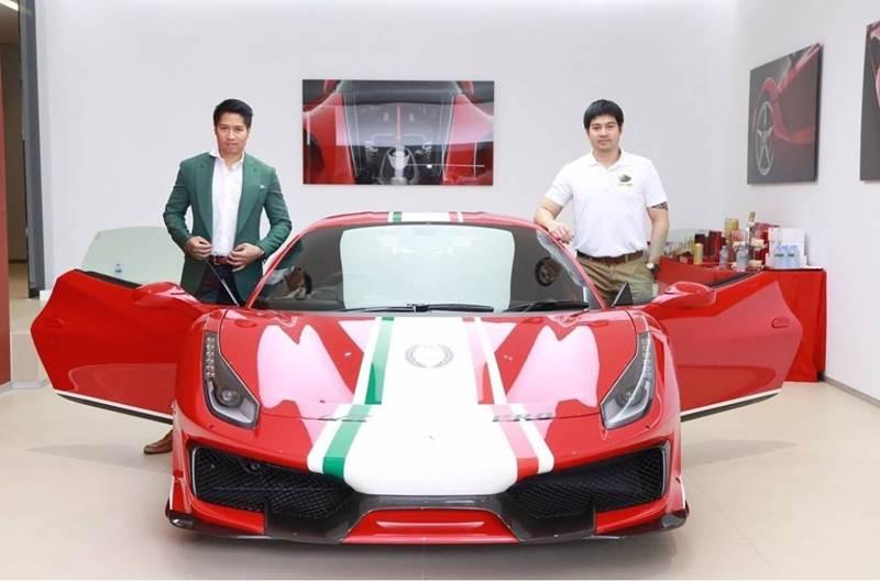 """เกรียวกราว! """"เต้ & ต็อด ภิรมย์ภักดี"""" เป็นเจ้าของรถเฟอร์รารีรุ่นพิเศษคันแรกในไทย!"""