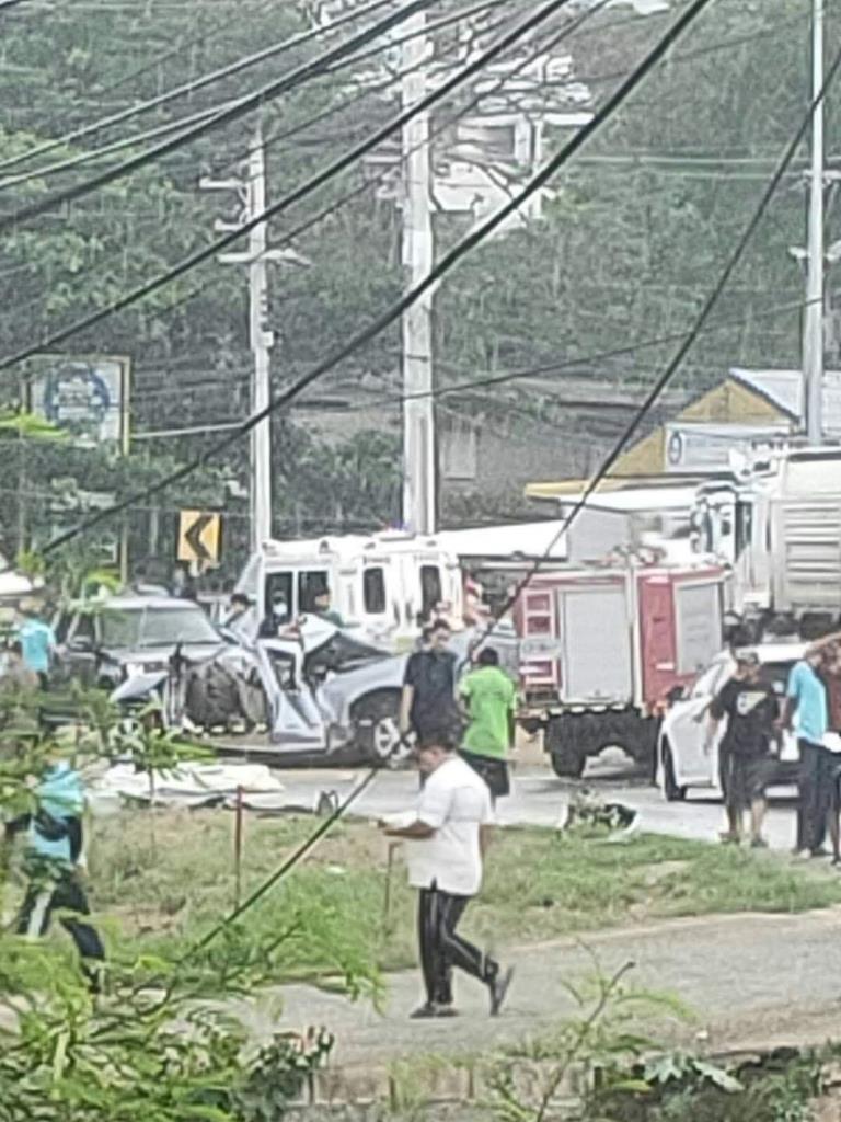 เกิดอุบัติเหตุรถชน บริเวณโค้งก่อนถึงโรงพยาบาลจอมทองดับ 2