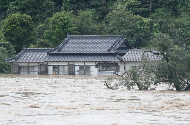 สลด! น้ำท่วมภาคตะวันตกญี่ปุ่น คร่า 14 ชีวิตคาบ้านพักคนชรา