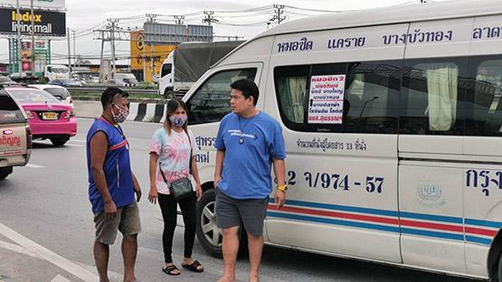 ลุงขับรถตู้สายหมอชิต-สุพรรณบุรี เสียชีวิตในรถคาดโรคประจำตัว