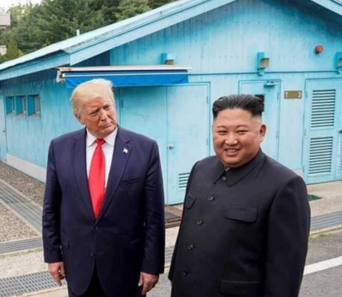 """In Clip: เปียงยางท้าทายในวันชาติสหรัฐฯ """"ไม่จำเป็นต้องคุยกับทรัมป์"""" ฮือฮา! """"โซล"""" ตั้งคนส่งเงินลับเข้าเกาหลีเหนือ $450 ล้านเป็นหัวหน้าข่าวกรองคนใหม่"""
