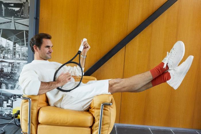 """""""พี่เฟด"""" เปิดตัว """"เดอะ โรเจอร์"""" สนีกเกอร์คู่แรกในชีวิต ไม่ใช่นักเทนนิสก็ใส่ได้"""