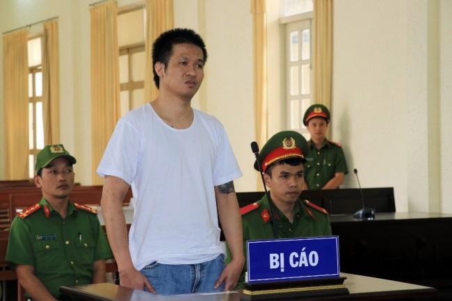 หนุ่มเวียดนามโดนศาลสั่งคุก 8 ปี เหตุไลฟ์-โพสต์ต่อต้านรัฐบนเฟซบุ๊ก