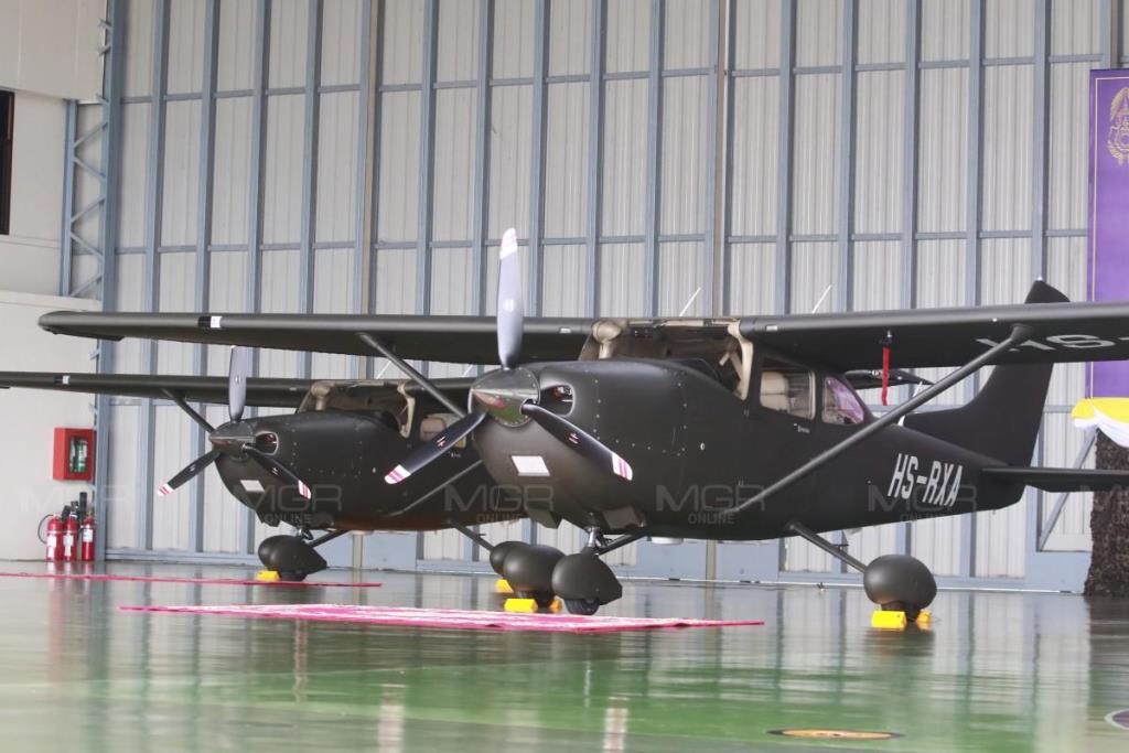ในหลวง พระราชทานเครื่องบินเล็ก 3 เครื่องให้ทบ.ใช้ภารกิจช่วยเหลือปชช.
