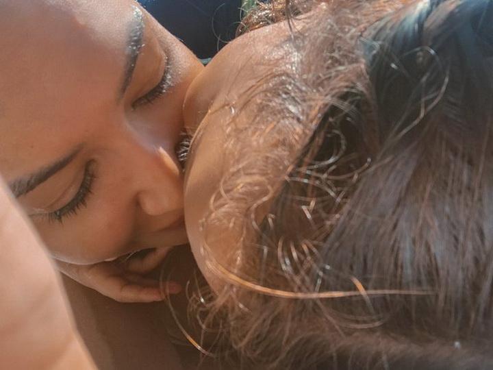 ภาพของ ริเวรา กับลูกชายที่เธอทวีตก่อนจะหายตัวไปเพียงไม่กี่ชั่วโมง