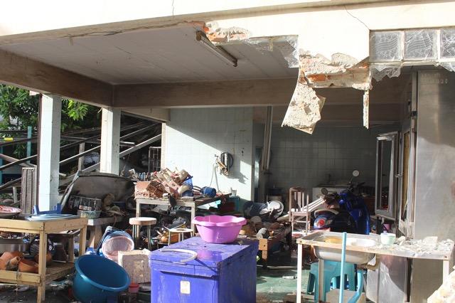 แก๊สรั่ว!!ระเบิดบ้านพังเสียหาย 9 หลังมีผู้บาดเจ็บ 4 คน