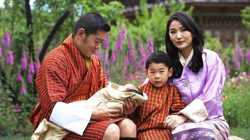 น่ารักคูณสอง เจ้าชายพระองค์น้อยแห่งภูฏาน