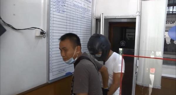 รวบตำรวจ สภ.อุทัยแตกแถว คาโรงพัก พบซุกไอซ์ ครึ่งกิโลพร้อมยาบ้า
