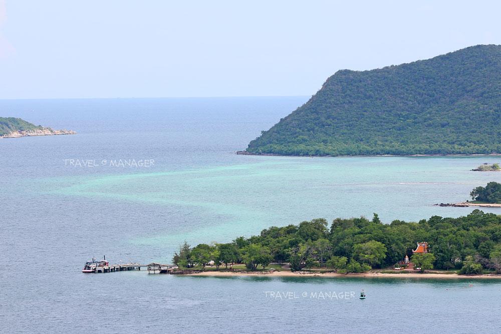 มุมมองเกาะแสมสารจากจุดชมวิวอาคารหลังที่ 5
