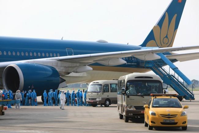 ไม่ทิ้งกัน..เวียดนามจัดเที่ยวบินพิเศษพาพลเมืองติดโควิดนับร้อยในแอฟริกากลับบ้าน