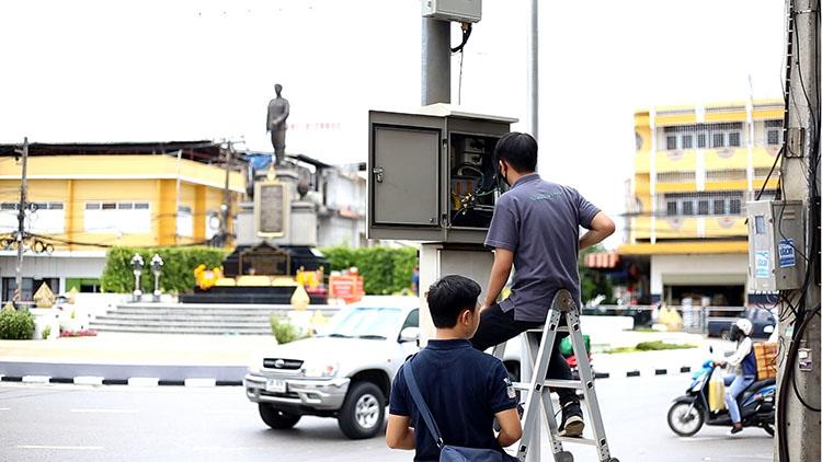 เทศบาลนครอุดรธานีเดินหน้านโยบายเมืองแห่งความปลอดภัย ติดกล้องวงจรปิด CCTV ทั่วเมือง