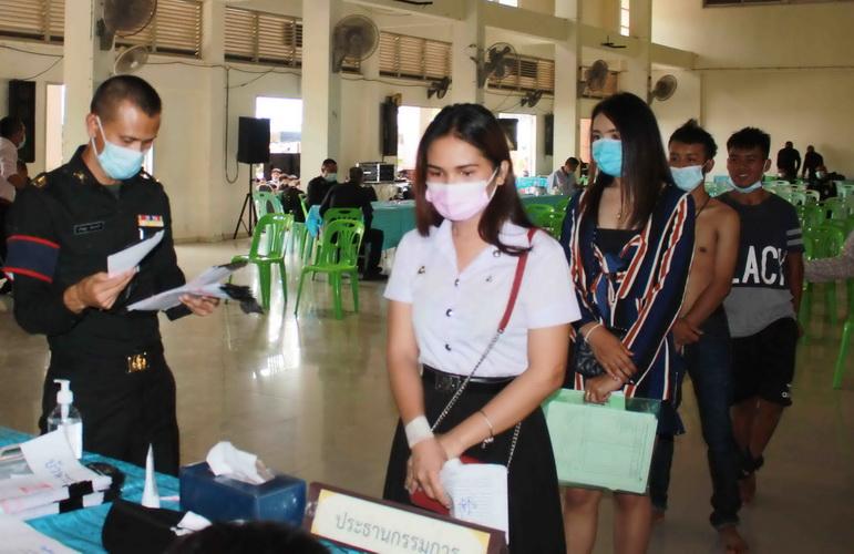 พิษโควิด-19ทำคนตกงานอื้อ!ดันตัวเลขชายไทยแห่สมัครทหารกองเกินทะลุเป้า