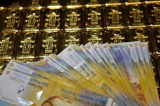 น้ำมันขึ้น,หุ้นสหรัฐฯบวก ทองคำกลับมาดีดตัวอีกครั้งหลังดอลล์อ่อนค่า