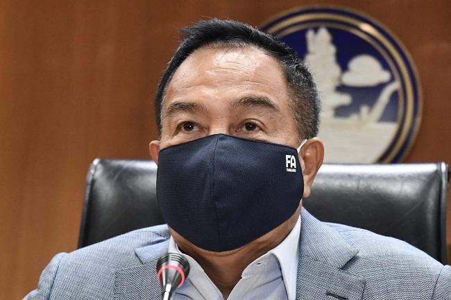 """""""สมยศ"""" เผยแข้งใหม่บุรีรัมย์ ติดโควิด-19 ไม่กระทบไทยลีก"""