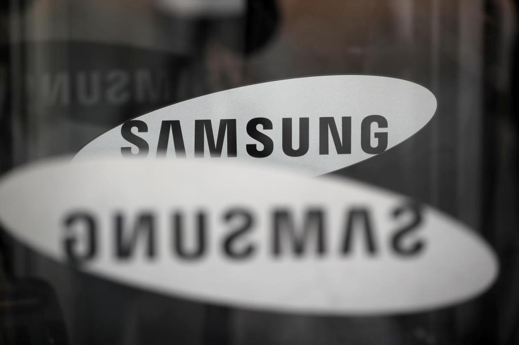 ซัมซุง จัดส่งสมาร์ทโฟน 53.7 ล้านเครื่อง ลดลงถึง 30% เมื่อเทียบกับช่วงเดียวกันของปีที่แล้ว