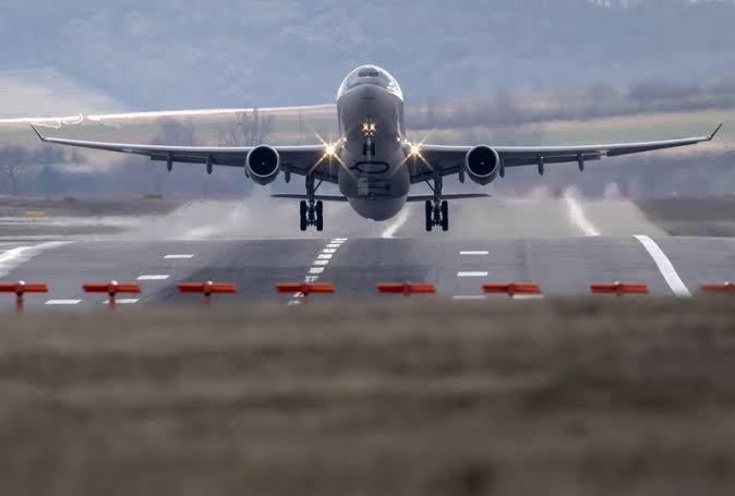 """การบินทรุด! ผู้โดยสารปีนี้เหลือ41 ล้านคน """"คมนาคม"""" ดันขยายสนามบินทั่ว ปท.รับปี 65 ฟื้นตัว"""