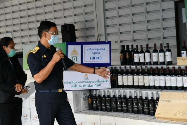 กรมศุลจับไวน์นอกนำเข้าหนีภาษี มูลค่ากว่า 18 ล้านบาท