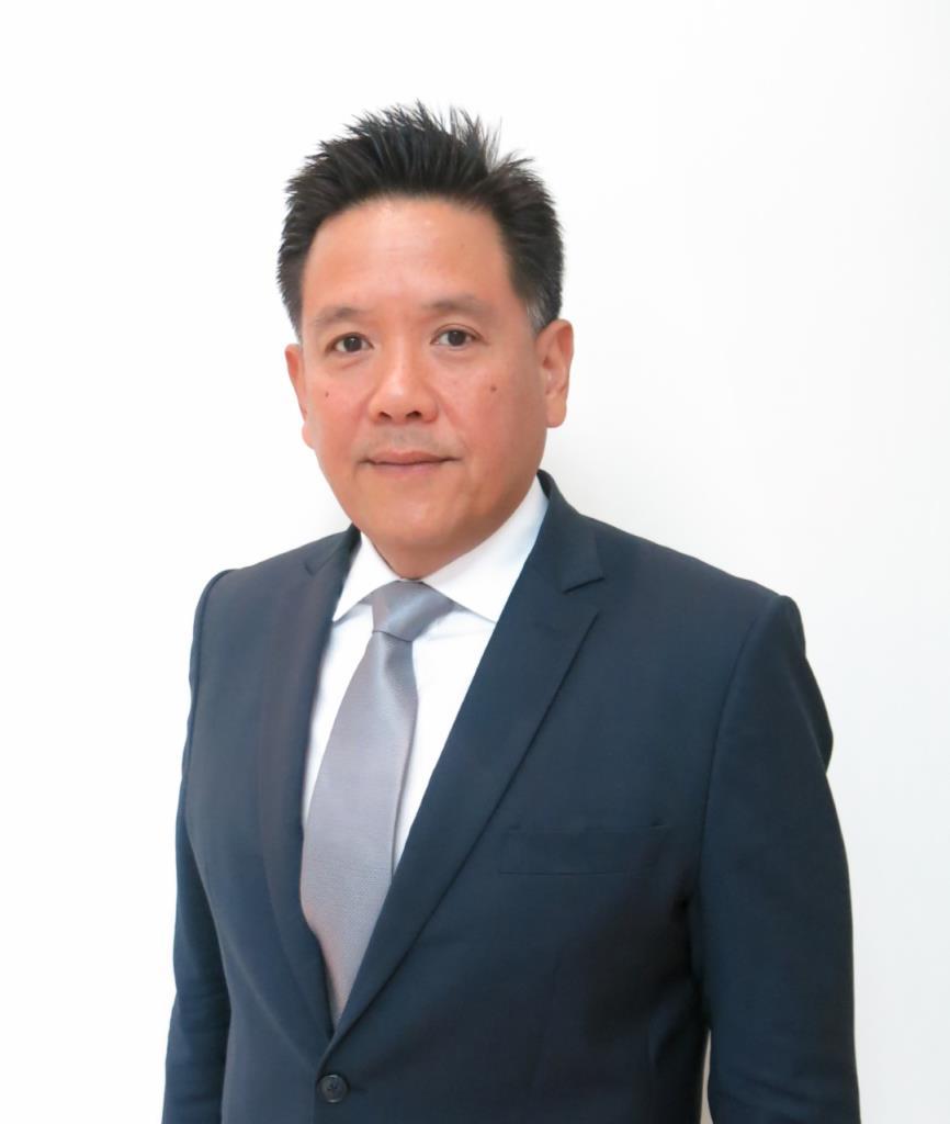 นายแมนพงศ์ เสนาณรงค์ รองผู้จัดการ หัวหน้าสายงานผู้ออกหลักทรัพย์ ตลาดหลักทรัพย์แห่งประเทศไทย หรือ ตลท.