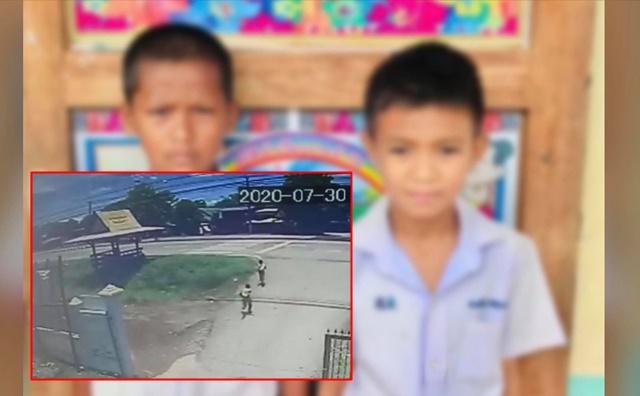 หวิดโดนดุ! 2 นักเรียนวิ่งออกจากโรงเรียนหาข้าวหาน้ำให้คนเร่ร่อน ชาวเน็ตแห่ชื่นชมเพียบ (ชมคลิป)