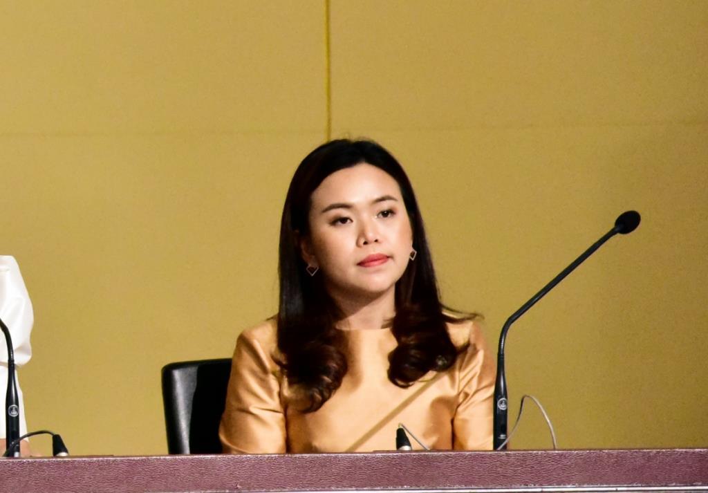 นายกฯ ชื่นชมบทบาทสื่อ พร้อมนำข้อเสนอแนะมาปรับใช้ ขอให้ช่วยกันสร้างความเชื่อมั่นต่อประเทศไทย