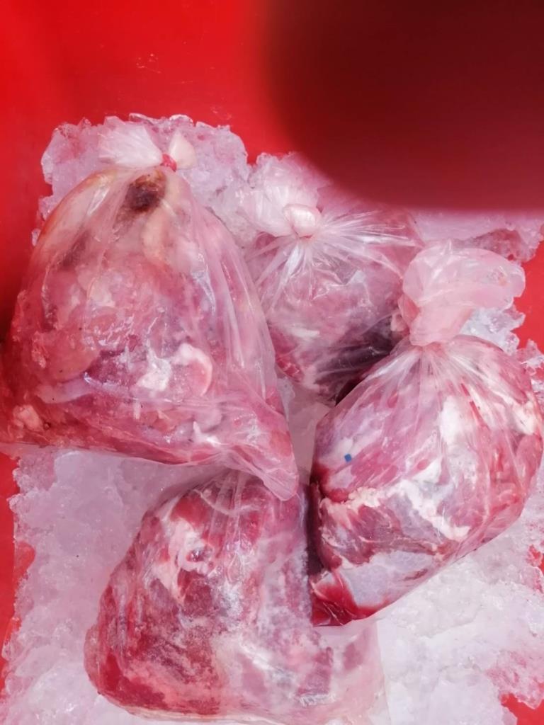 กรมอุทยาน สบอ.3(บ้านโป่ง) ลุยปราบปรามร้านค้าเนื้อสัตว์ป่าริมถนนไทรโยค-กาญจนบุรีอย่างต่อเนื่อง
