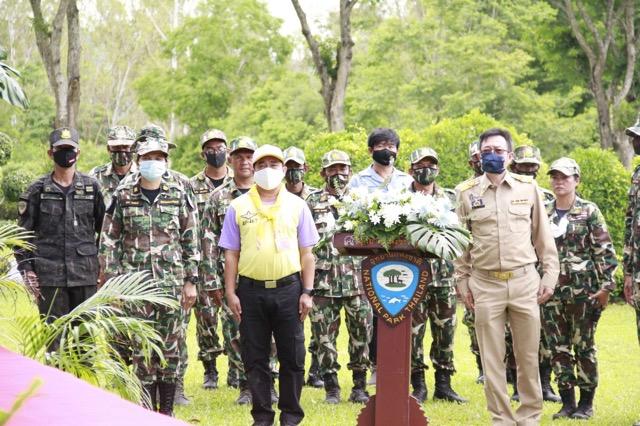 กุยบุรี จัดปลูกป่าประชารัฐเนื่องในวันแม่แห่งชาติ 12 สิงหาคม