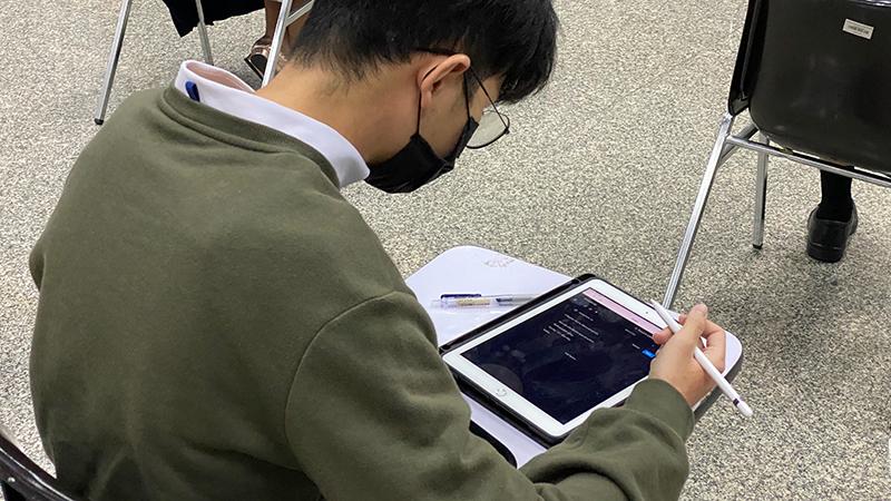 คณะแพทย์จุฬาฯ นำร่องใช้ iPad สอบ 100% หลังโควิด-19 กระตุ้นให้ทรานฟอร์ม