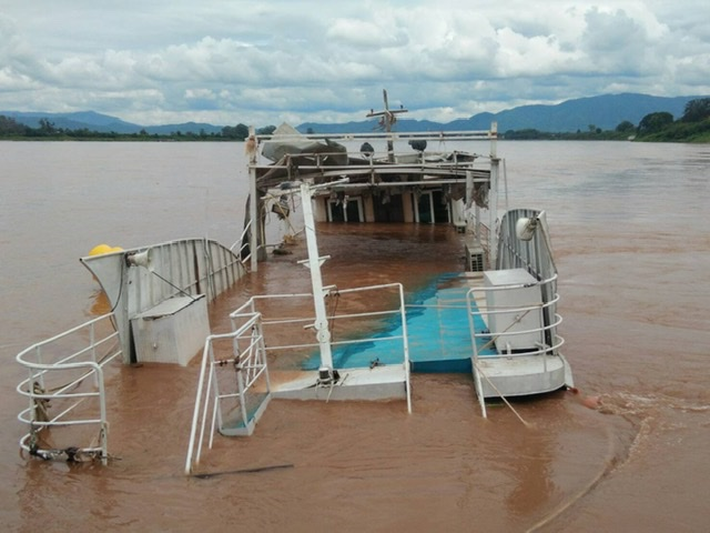 เกินกำลัง!เรือท่องเที่ยวไทยยังจมน้ำโขง น้ำแรง-หนักเกิน ต้องขอ ทร.ช่วยด่วนแล้ว