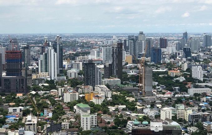 ยอดขายอสังหาฯ ครึ่งปีแรกติดลบ 35.6% กลุ่มบ้าน 30 ล.โอนสะดุด เจ้าของ SMEs เจอโควิด-ศก.ดิ่ง
