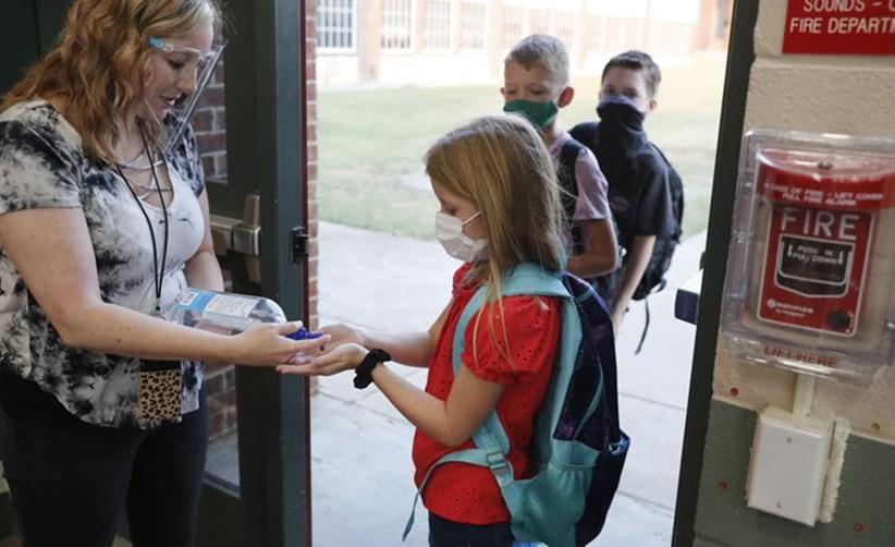 In Clip: ครูรัฐนิวเจอร์ซีย์ห่วงโควิด-19 ไม่ยอมเข้าสอนในชั้นเรียน สหรัฐฯดับเพิ่มรายวันเกือบ 1,500 อินเดียติดเชื้อใหม่วันเดียวเกือบ 67,000
