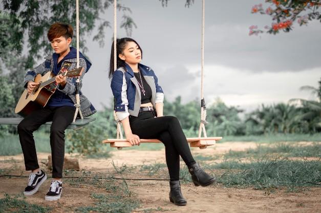 'เจี๊ยบ นิสา' นักเขียนเพลงร้อยล้าน feat. 'กวาง จิรพรรณ' สังกัด 'ข้าวสารแลนด์' ทะลุ 2 ล้านวิวพร้อมขอบคุณแฟนๆ