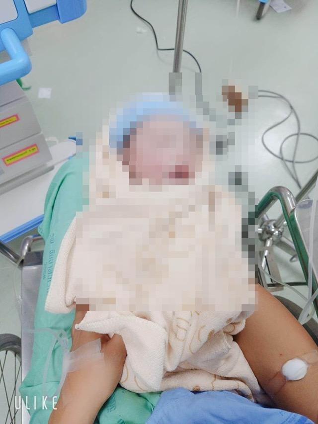 สสจ.ชัยนาท เผยผลชันสูตรศพน้องไตเติ้ลเกิดจากภาวะรกลอกตัวก่อนกำหนดพ่อยังติดใจ