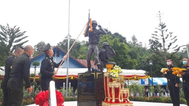 เชิดชูนักรบร่มเกล้า!ทภ.3 เปิดอนุสรณ์สถานฯปลุกไทยรักชาติ-ดันแหล่งเที่ยวใหม่เชื่อมนาขั้นบันไดน้ำจวง