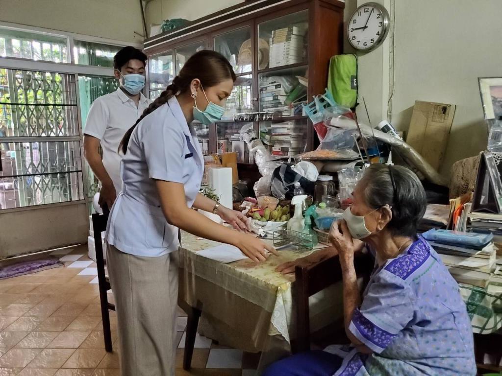 กทม. บริการเจาะเลือดถึงบ้าน ลดความแออัดในรพ. เพิ่มความสะดวกให้กับผู้ป่วย