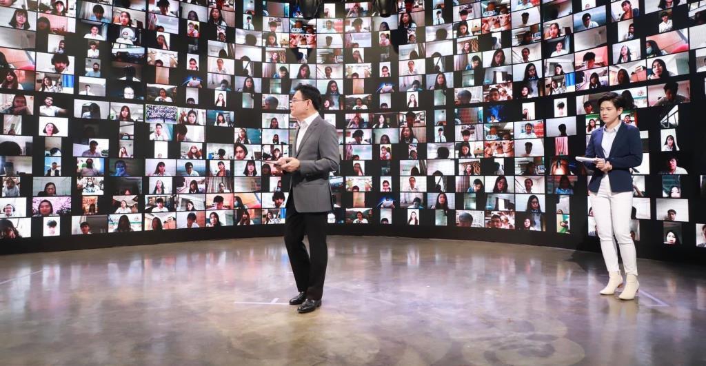 """""""จุรินทร์""""ลุยปั้นเด็ก Gen Z เป็น CEO ทำธุรกิจค้าขายออนไลน์ ตั้งเป้า 12,000 ราย"""