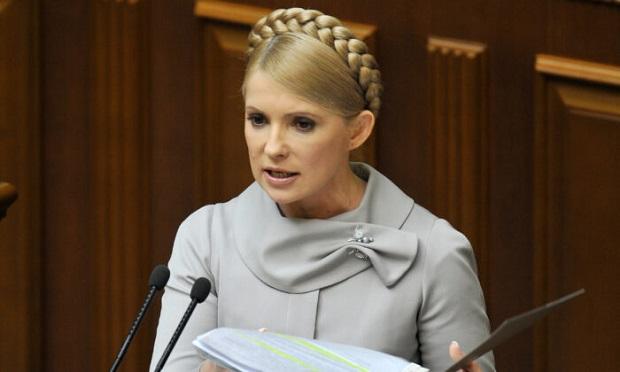 อดีตนายกรัฐมนตรีคนสวยของยูเครนติดเชื้อโควิด-19 อาการสาหัส