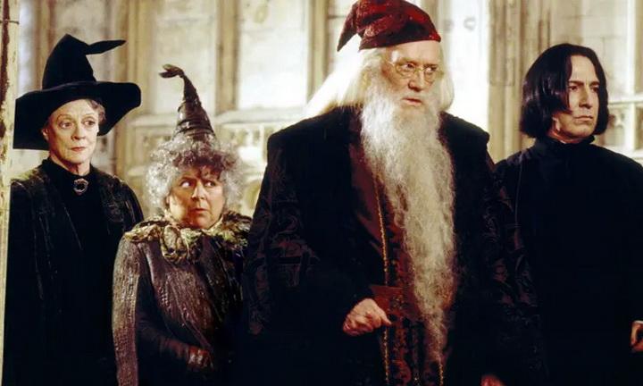 """หนึ่งในดาราจาก Harry Potter เผยหนังไม่เคยดู หนังสือไม่คิดจะอ่าน รับเล่นเพราะ """"เงิน"""" ล้วน ๆ"""
