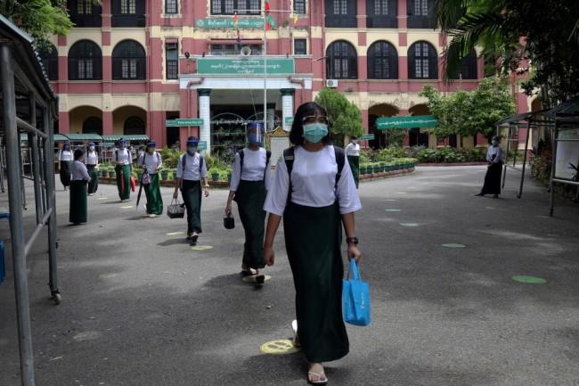 พม่าสั่งปิดโรงเรียนทุกแห่งทั่วประเทศหลังยอดผู้ติดเชื้อโควิดรายวันพุ่ง