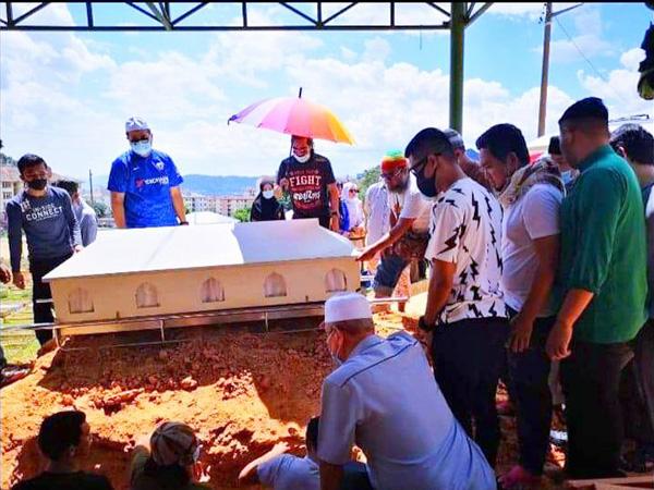 """แกนนำ """"พูโล"""" อดีตตัวแทนเจรจาสันติภาพ เสียชีวิตที่ รพ.ในกรุงกัวลาลัมเปอร์ ประเทศมาเลเซีย"""