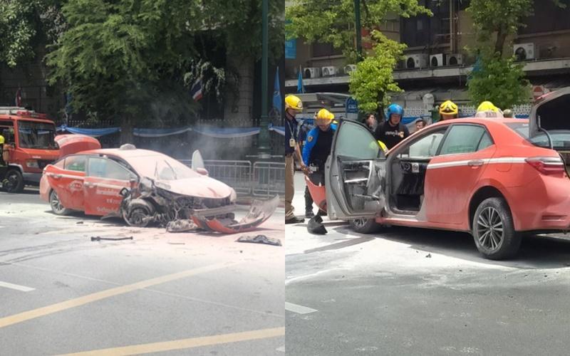ระทึก! แท็กซี่ระเบิดไฟไหม้ลุกท่วม หลังเฉี่ยวชนกับ BMW ถนนหน้าทำเนียบ โชเฟอร์รอดตายหวุดหวิด