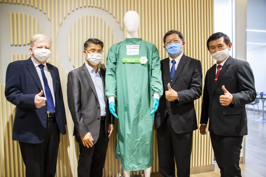 ครั้งแรกของไทย!! นวัตกรรมชุด PPE จากขวด PET รีไซเคิล ซักใช้ซ้ำได้มากกว่า 50 ครั้ง