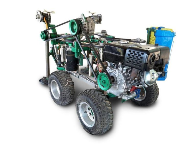 """ม.เกษตรเจ๋ง!! พัฒนา """"หุ่นยนต์อารักขาพืช"""" ช่วยเกษตรกร ลดใช้สารเคมี"""