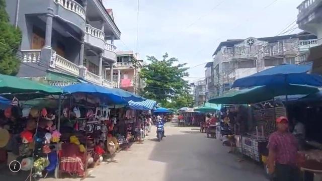 ตลาดท่าล้อ จ.ท่าขี้เหล็ก พม่า ที่แทบร้างผู้คนเดินจับจ่ายซื้อของ