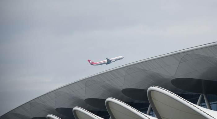สนามบินกว่างโจวใช้ 'เทคโนโลยีจดจำใบหน้า' เช็กอิน-ตรวจกระเป๋าอัตโนมัติ
