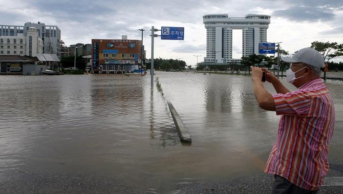 ไต้ฝุ่นไมสักขึ้นฝั่งเกาหลีใต้ ตายอย่างน้อย1ศพ อพยพหนีหลายพันคน