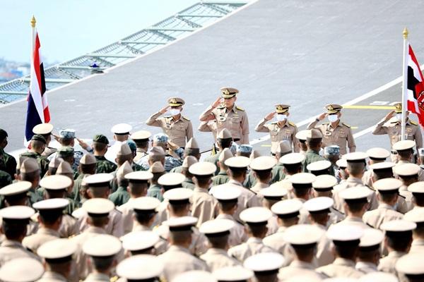 """""""บิ๊กลือ"""" ส่งทีมคุยเรือดำน้ำจีน ขอคงข้อตกลงวงเงินเดิม-ของแถม ยังไม่มีการลงนาม"""