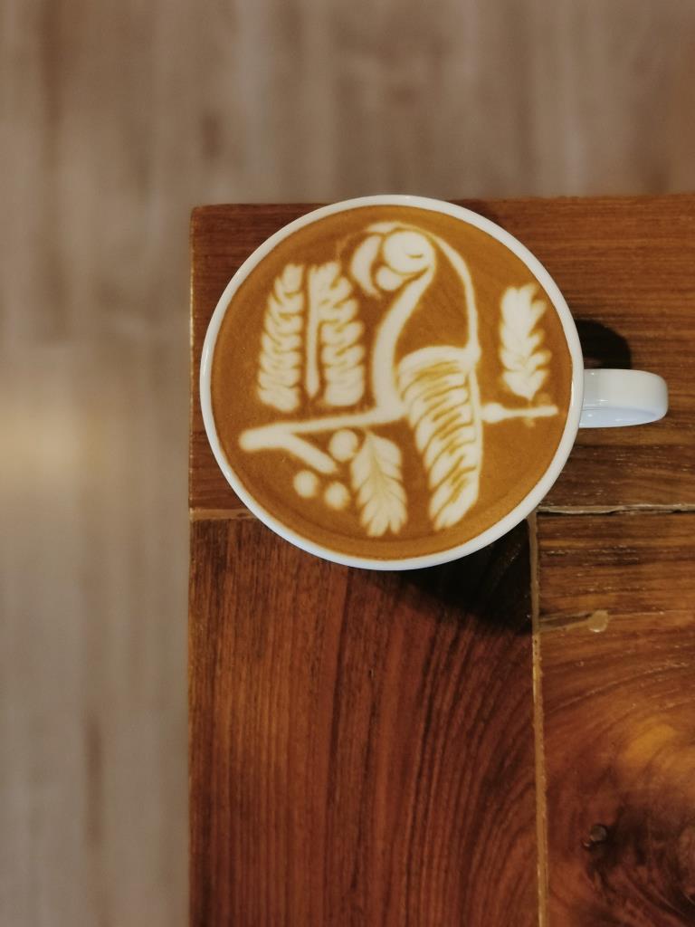 "Santa café  กาญจนบุรี จุดเช็คอินคนชอบศิลปะฟองนม ""ลาเต้อาร์ต"" ฝีมือระดับแชมป์"