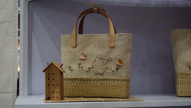 กระเป๋าผ้าอีโคโปรดักส์ ผลิตภัณฑ์ที่เป็นมิตรและรักษาสิ่งแวดล้อม