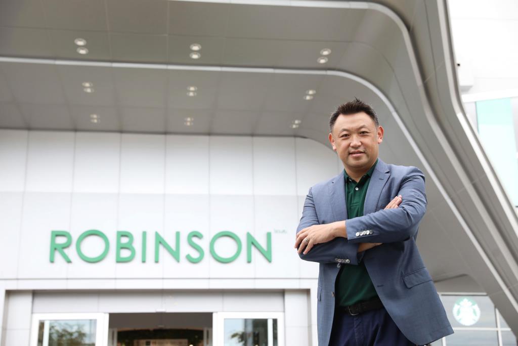 """""""โรบินสัน-ภาครัฐ-แบรนด์ดัง"""" ชูแคมเปญ """"โครงการโรบินสันสานฝันให้น้อง"""""""