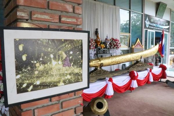 ช่างดีมีดกรุงเก่า สร้างมีดดาบใหญ่ที่สุดในประเทศไทย ถวายพระเจ้าตาก